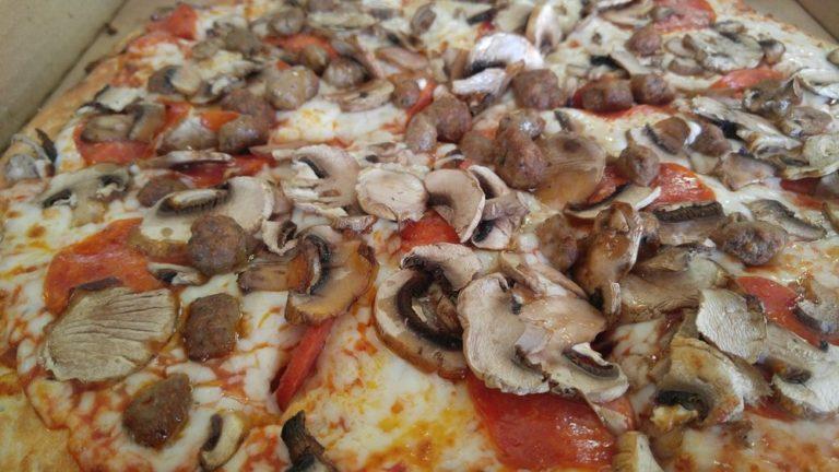 tasty pizza 768x432